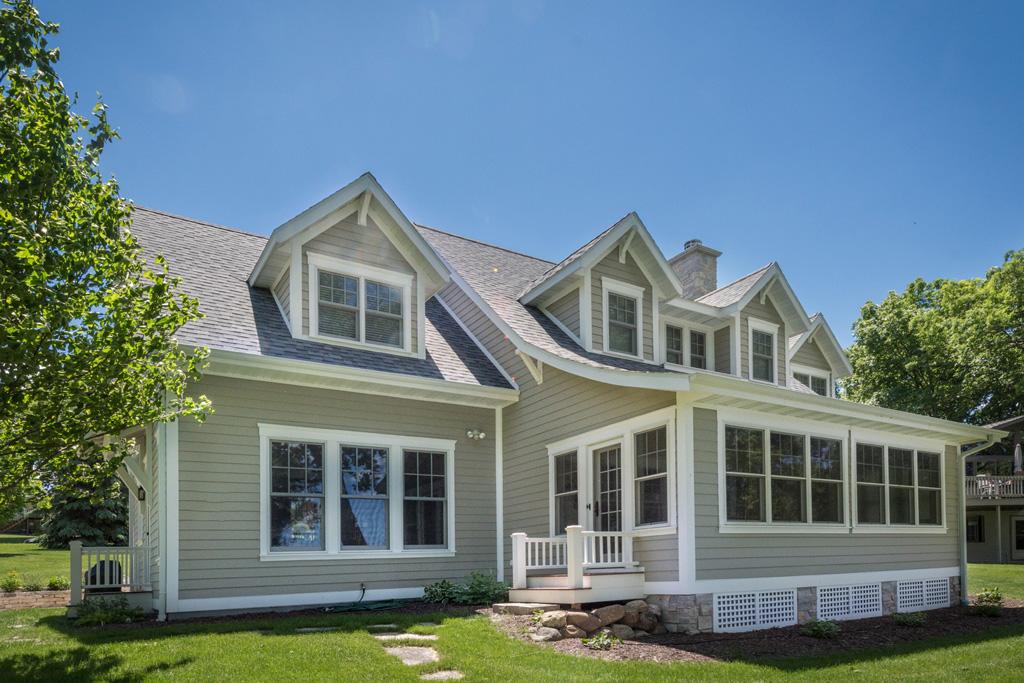 Quaint waterfront cottage for Waterfront cottage